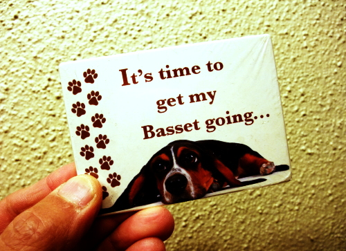 get my Basset going...マグネット
