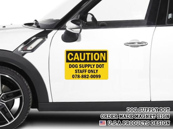 英語や数字・記号でアメリカンなオリジナルマグネット看板が作れるオーダーメイドのマグネットサイン:CAUTION(BLACK)